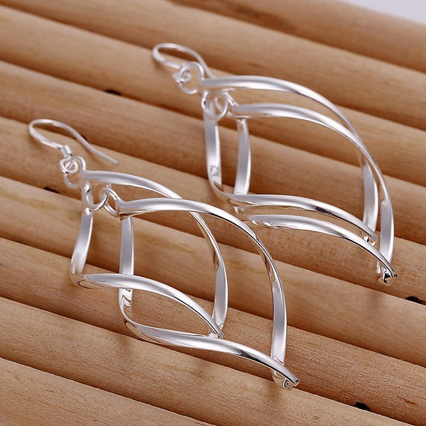 Swirled Drop Earrings In Silver Plated Metal