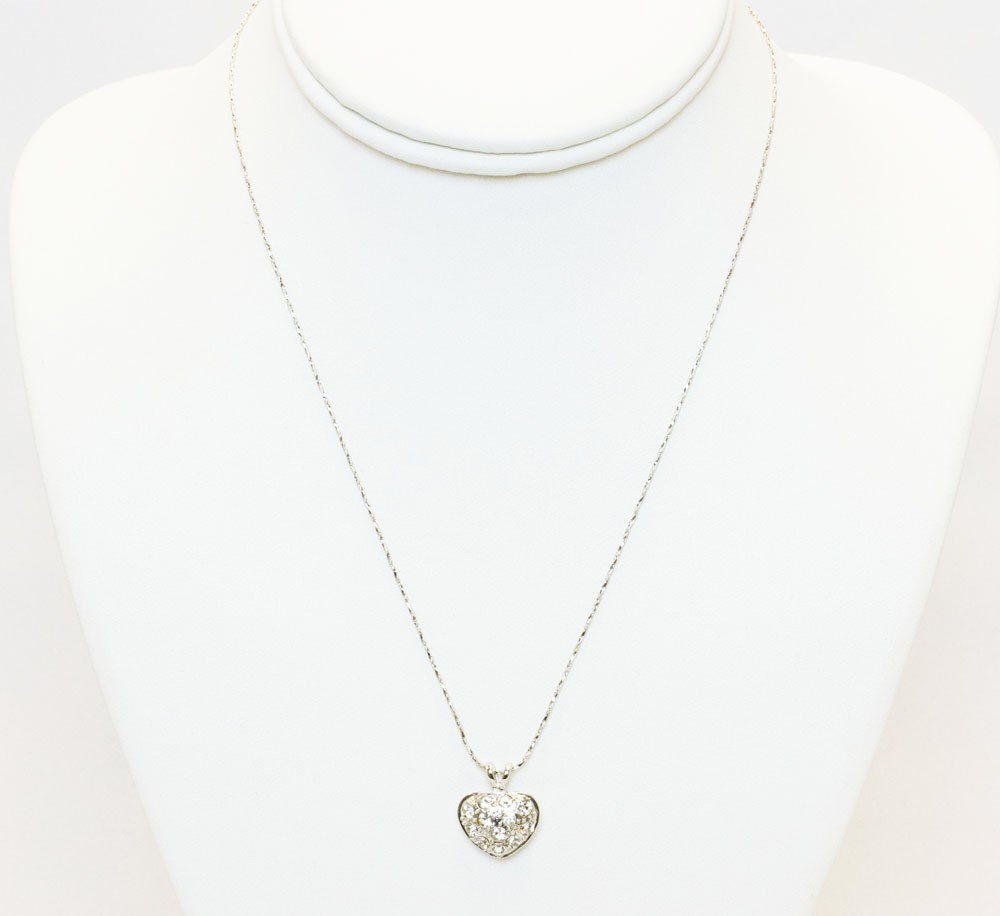 Silver Heart Pendant With Stones Necklace