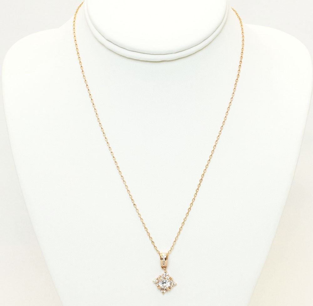 Gold Necklace With Sparking Charm